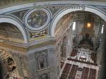 サン・ピエトロ大聖堂(St. Peter's Basilica)のドーム(クーポラ)の中