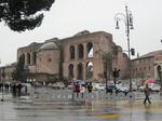 フォロ・ロマーノ(Foro Romano、Roman Forum)やトラヤヌスのフォルム( Forum Traiani、Trajan's Forum)