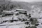 地獄谷の雪景色と後楽館