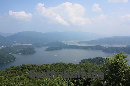 レインボーライン山頂公園から望む三方五湖