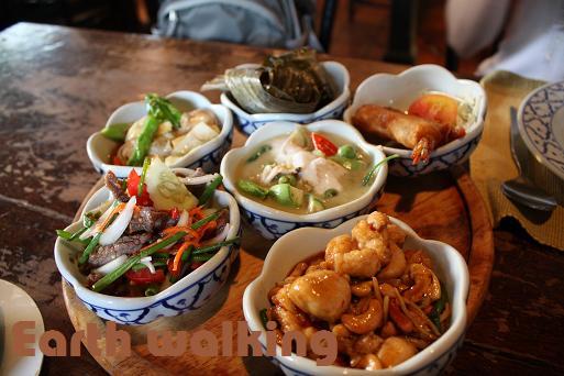 バンコクのレストラン、バーン・クン・メー(Ban Khun Mae)