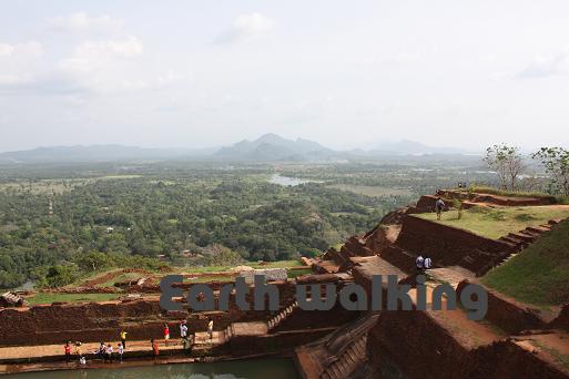 シーギリヤロック(Ancient City of Sigiriya)の王宮の遺跡