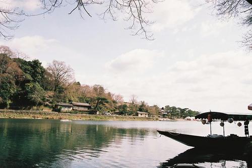 京都 嵐山 保津川 お茶屋.jpg