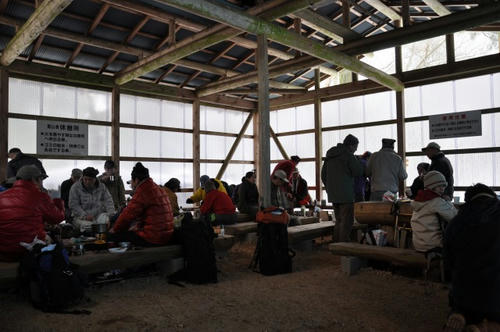 京都 初詣 雪山 冬山 愛宕山 愛宕神社 休憩所