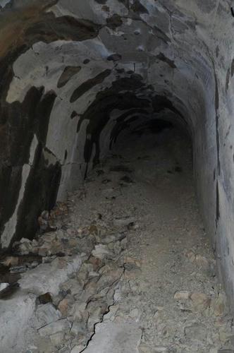 京都 清滝 愛宕山 ケーブル跡 トンネル 崩落