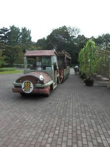 園内バス外観