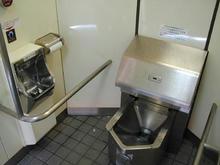 矢崎町防災公園多目的トイレ