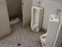 清瀬金山緑地公園トイレ