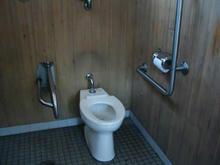 日光橋公園多目的トイレ