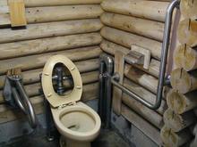 上水公園多目的トイレ