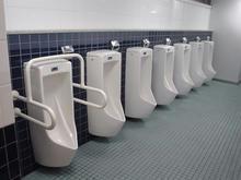 西武ドーム 一塁側入場口内トイレ