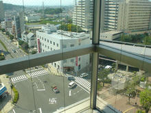自転車道 多摩自転車道 地図 : オーパ8階、エレベーターから ...