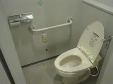 聖蹟桜ヶ丘オーパ 8階関戸公民館トイレ