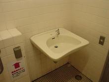 井の頭公園 公園西側多目的トイレ