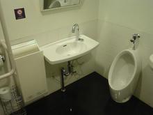 若葉ケヤキモール 1階北多目的トイレ