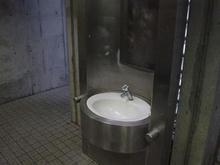 井の頭公園 水門橋トイレ