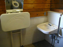 谷戸せせらぎ公園多目的トイレ