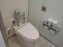 東京学芸大学(小金井キャンパス)図書館1階トイレ