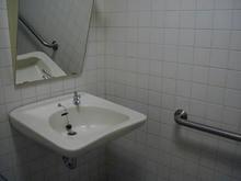 吉祥寺ロンロン エキサイツ館 地下1階バックヤード多目的トイレ