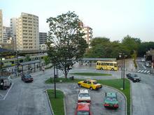 三鷹駅南口のロータリー