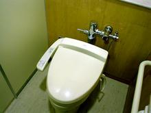 クロスガーデン多摩 外回廊2階トイレ