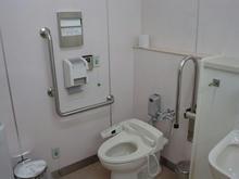 サミットストア新座片山店 2階多目的トイレ