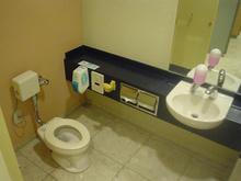 伊勢丹吉祥寺店本館 5階キッズトイレ