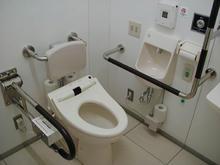 西友保谷店 3階多目的トイレ