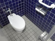 タウンセブン 階段踊り場トイレ