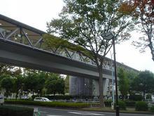 東京競馬場正門