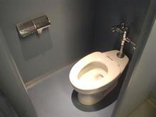 シネマTWO 2階トイレ