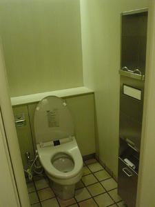 恵比寿三越 地下1階南トイレ