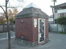 大宮前児童遊園トイレ