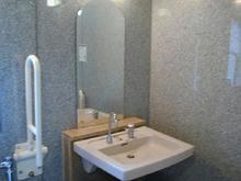 布多天神社多目的トイレ