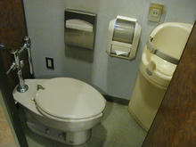 保谷こもれびホール  1階大ホールトイレ