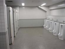 武蔵野陸上競技場 外トイレ