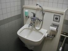 武蔵野総合体育館 1階北多目的トイレ