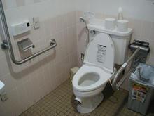 コープ上井草店多目的トイレ