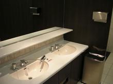 日本橋三越新館 9階トイレ