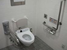 高井戸駅コンコース 多目的トイレ