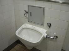 フレンテ新宿(西新宿地下通路)多目的トイレ
