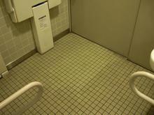 京王高幡SC 3階東多目的トイレ