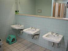 ダイエー東大和店 2階トイレ
