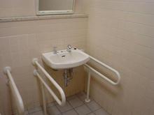 ダイエー東大和店 2階多目的トイレ