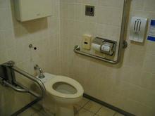 丸井吉祥寺店本館 4階多目的トイレ