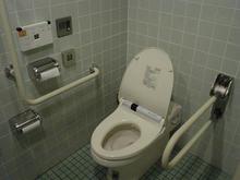 ニトリ田無店多目的トイレ