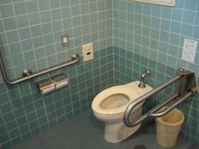 南荻窪図書館 1階多目的トイレ