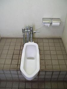給田四丁目緑地トイレ
