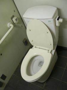向台市民運動場トイレ