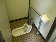 天神じゃぶじゃぶ公園トイレ